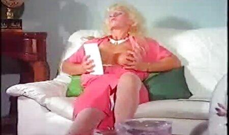 Lola Fae - Cutie Lola Fae fait film x extrait amateur face à une énorme bite - Ne me cassez pas