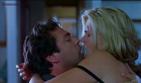 Maddy Rose - Ado du extrait amateur x Sud baise dans la voiture - Ados échoués