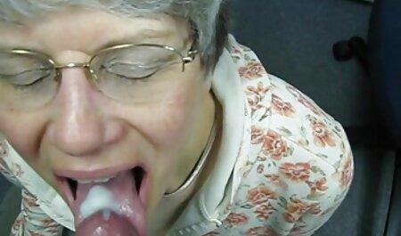 Elle se film porno amateur gratuit français déshabille et reçoit deux lavements