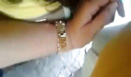 L'adolescente Gabriella Ford se fait extrait x amateur percuter