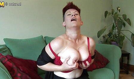 Kassondra Raine - L'auto-stoppeur à film porno x amateur tête rouge aime la bite - Stran