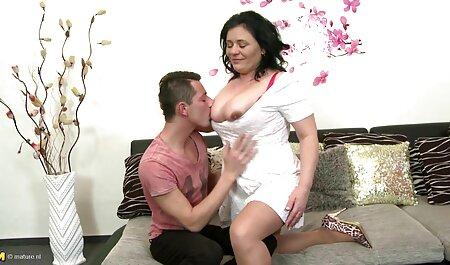 Énormes seins Shar a beaucoup de plaisir avec son gode film porno amateur gratuit