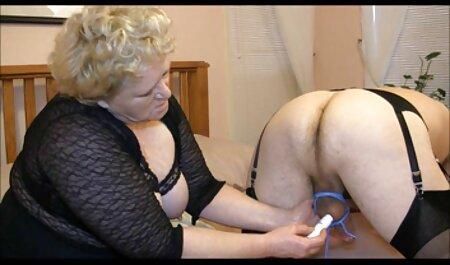 Couple baise mince petits seins brunette chaud regarder film porno amateur cul gros plan