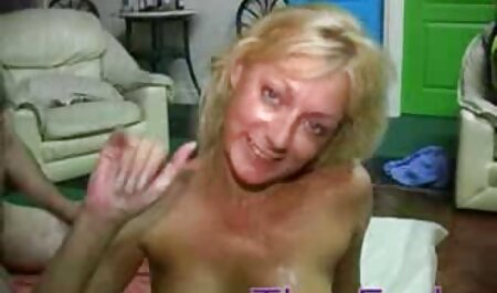 Patronne lesbienne séduit sa femme de extrait film x amateur gratuit chambre chaude